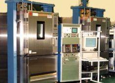 電気-油圧サーボ式疲労試験機