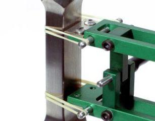 Model 3542 軸方向伸び計2