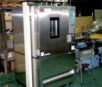 導電ゴム熱間耐久疲労試験機
