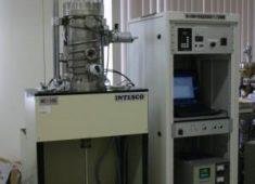 高温高真空機械式クリープ試験機(内熱式)