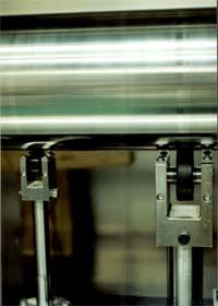 ローラー耐久疲労試験機
