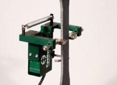 Model 3575 径方向伸び計